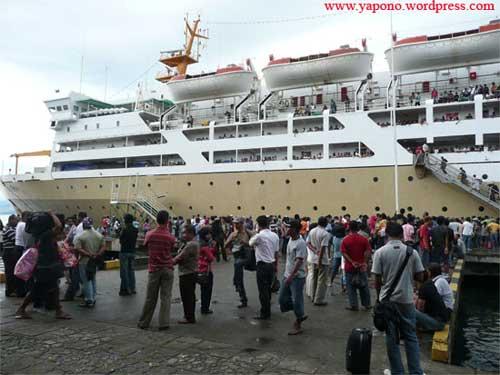 kapal_pelabuhan